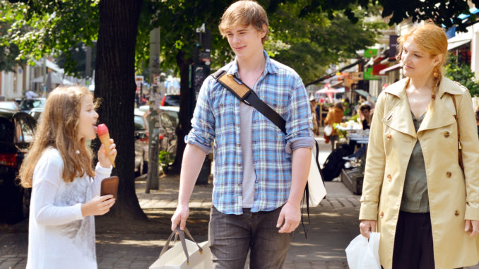 Allein auf Shoppingtour: Kinder und Jugendliche zwischen sieben und 18 Jahren sind nur beschränkt geschäftsfähig. Foto: djd/Geld und Haushalt